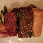 Yono's Restaurant의 사진