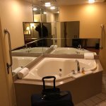 Large jacuzzi in-room