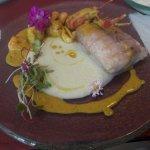 Almuerzo.,pescado muy bien presentado y muy rico.