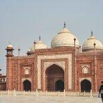 Building beside the Taj Mahal