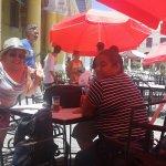 Refrescándonos en la casa de La Cerveza en la Plaza Vieja!!!!