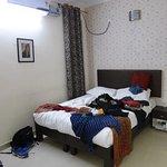 OYO 8448 Hotel Shyamal