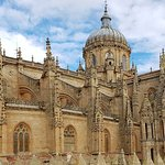 Photo de Old Cathedral (Catedral Vieja)