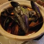 Mussels with red curry coconut sauce