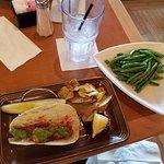 Leelynn's Dinning Room & Lounge