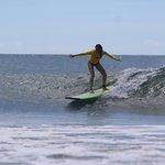 Fun waves, room to move, uncrowded surf school - Playa Grande, Tamarindo, Costa Rica