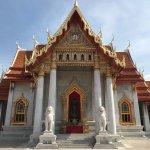 Foto de Wat Benchamabophit (The Marble Temple)
