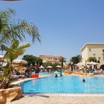 Foto Makronisos Holiday Village