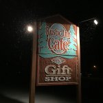 Foto de The Rustic Inn Cafe