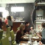 Breakfast area & buffet -