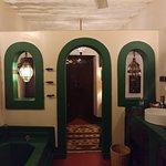 Jafferji House - my bathroom (Stanley Suite)