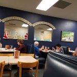 صورة فوتوغرافية لـ Laki's Greek Restaurant & Pizza