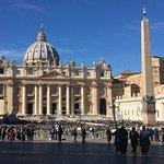 Photo de St. Peter's Square (Piazza San Pietro)
