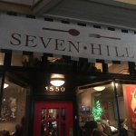 Seven Hills resmi