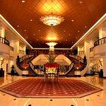 popular-of-plaza-athenee-bangkok-plaza-athne-bangkok-a-royal-mridien-hotel-the-lob-at-flickr_lar