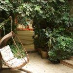 Un des nombreux petits lieux de repos au cœur du labyrinthe de ce bel hôtel