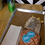 Foto de Zing Burger Kiraly 60
