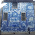 the blue tiles that tell stories