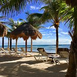 Foto de Hidden Beach Resort - Au Naturel Club