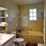 Salle de bain l'Orée du Bois - Oakwood bathroom