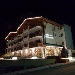 Photo de Hotel Sonnenberg