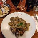 Tortelloni stuffed with mushrooms with black truffle cream