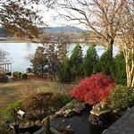 ภาพถ่ายของ Lookout Point Lakeside Inn