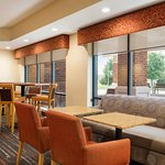 ภาพถ่ายของ Hampton Inn West Des Moines Lake Drive
