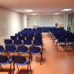 8 salles de réunion de 20 à 220 places