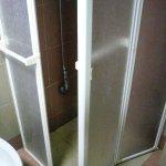 piano doccia e portine mobili