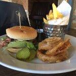 "The ""Handmade burger in Brioche bun"" - NOT"