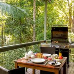 Crystal Creek Rainforest Retreat resmi