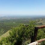 Hermosa vista del valle desde 1470 m