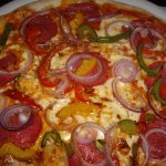 Pizza Verona 8,20 Euro .