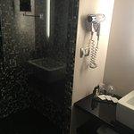 Photo de Dharma Hotel & Luxury Suites