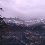 Pause at Manali Picture