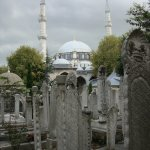 Mezquita y cementerio