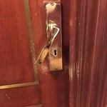 Pomo de puerta en estado precario