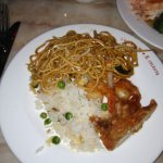 Nouilles sautées, riz cantonais