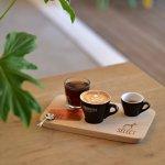 Terbodore SELECT coffee tasting board. Single origin coffee in espresso, cappuccino and cold bre
