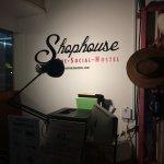 The Shophouse Foto