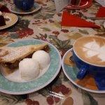 Foto di Julia's Cafe