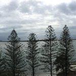 Foto de Ramada Resort Golden Beach