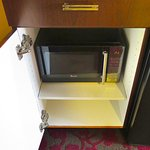 Embassy Suites Dulles Airport - Room 321 - Microwave Oven