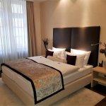 junior suite 102 sleeping room