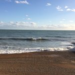 Book your lovely and warm room in Alexander's Hotel, Hastings, UK, and enjoy the beach!