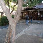 サムハラ神社は朝から参拝者でいっぱい
