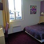 Bedroom Hotel Continental Lourdes.