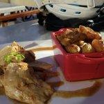 Cochon de lait rôti à la broche, jus maison, pommes de terre ratte du Touquet