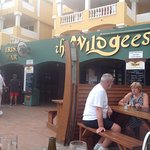 Great food friendly staff great entertainment and atmosphere well worth a visit